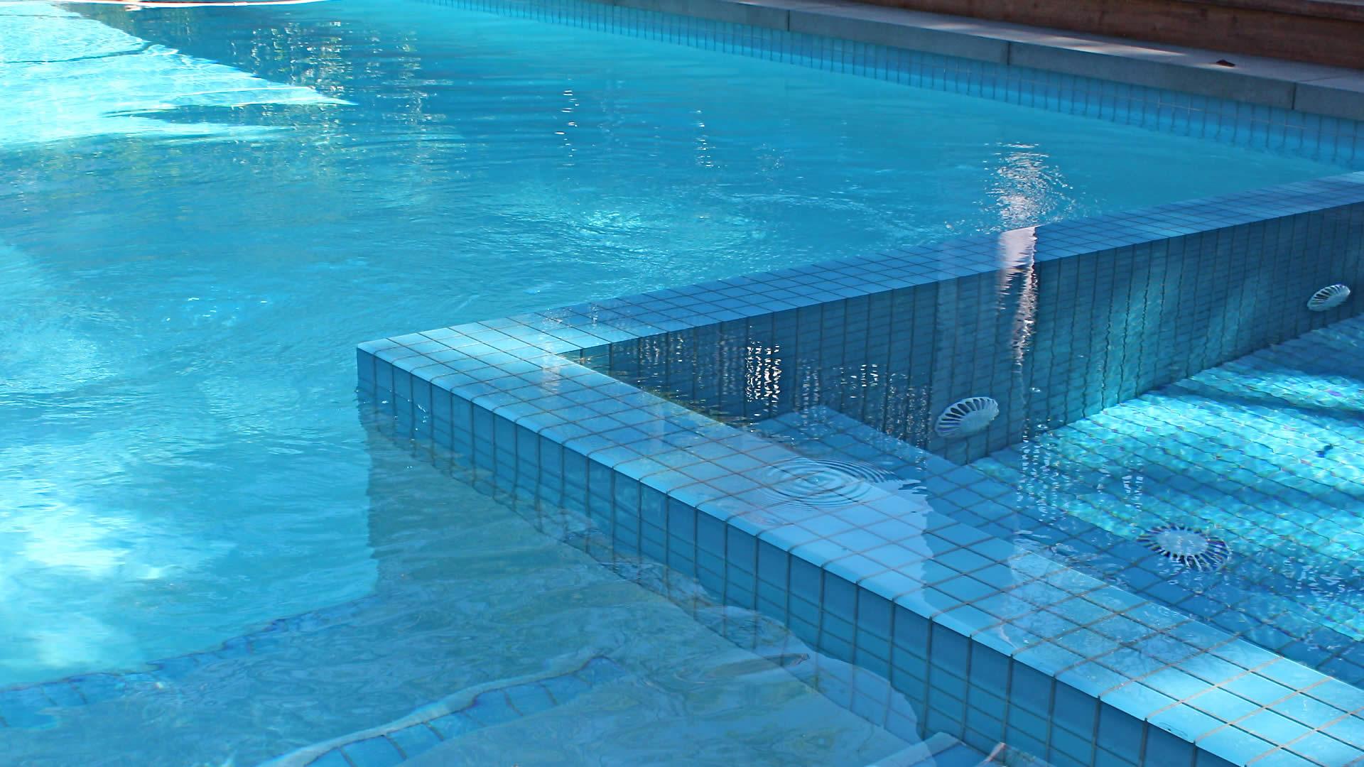 Vantagens da piscina de alvenaria brasil piscinas for Piscina piscina