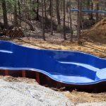 Por que não construímos piscinas de fibra?