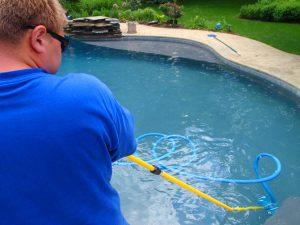 Manter a piscina limpa