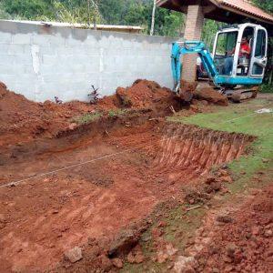 Piscina de vinil passo a passo: escavação da piscina