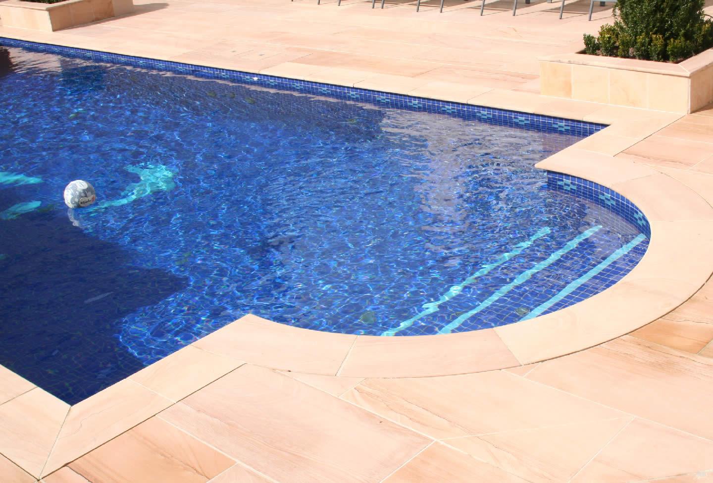 Pre o da piscina de alvenaria brasil piscinas for Motor para depuradora de piscina
