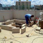 Custos e cuidados com a construção da piscina em casa