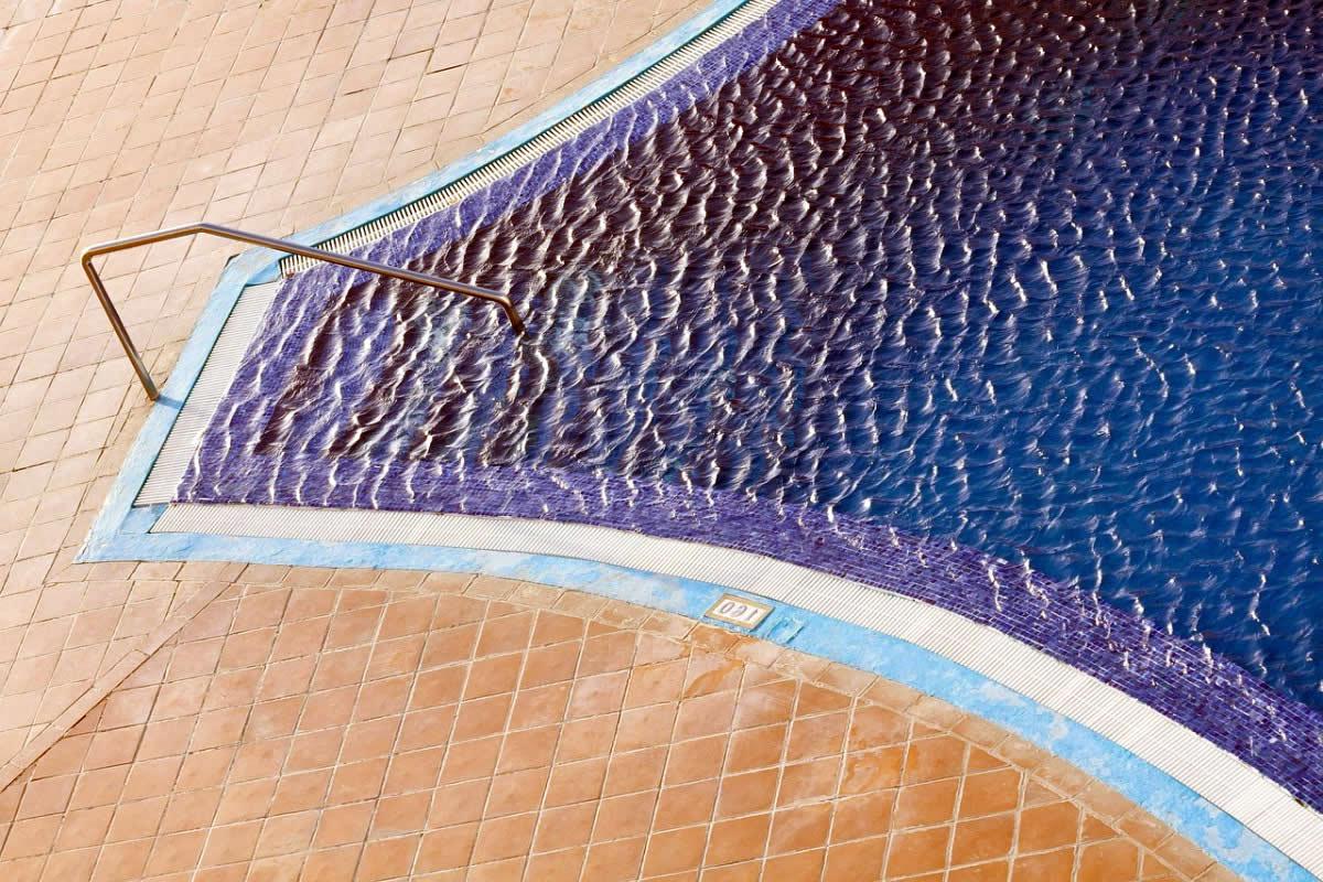 Piscina de concreto armado bh brasil piscinas for Piscina de concreto