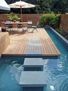 Aproveitar a piscina aquecida