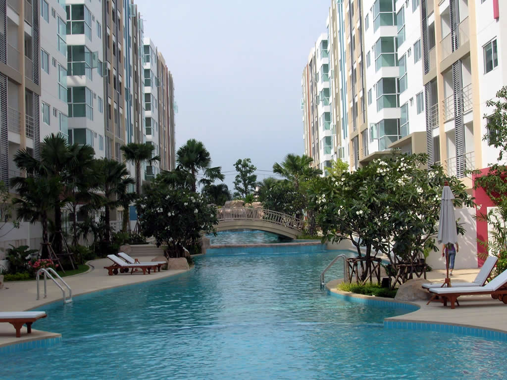 Aten o construtora o que n o pode faltar na piscina do - Condominio con piscina milano ...