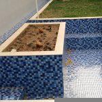 Mudando uma piscina de vinil para azulejo