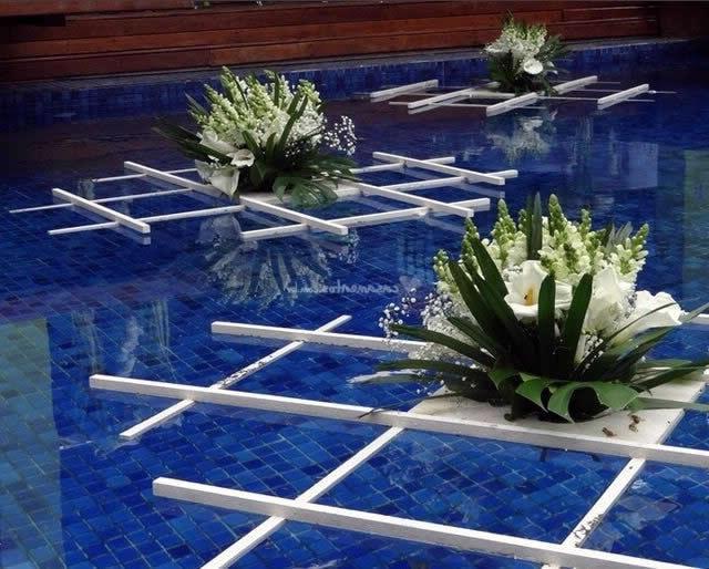 Decorando a piscina pro Natal