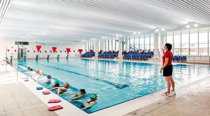 Ozônio para a piscina de escolas