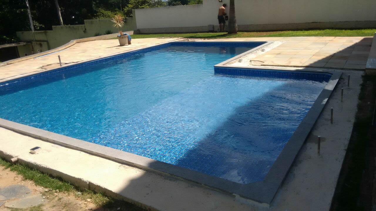 Reforma da piscina do Bruno – Adequação para vinil