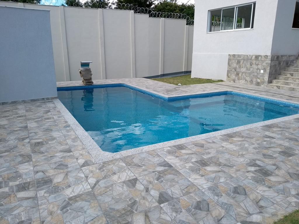 Piscina e Spa Jêsus - Construção de piscina e spa de Vinil