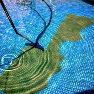 Aspiração depois da decantação da piscina