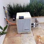 Aquecimento a gás para piscina – Conheça os prós e os contras do uso de gás para aquecer piscinas