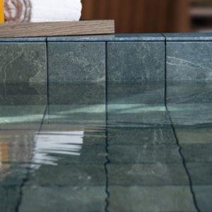 Pedras como revestimento de piscinas