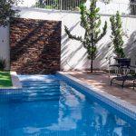 Construção da piscina de pastilhas do Júnior – São Luiz