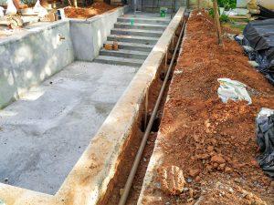 Construção da piscina de pastilhas do Júnior - São Luiz