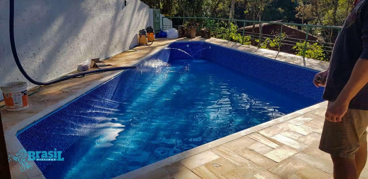 Reforma da piscina da Paloma – Adequação para vinil
