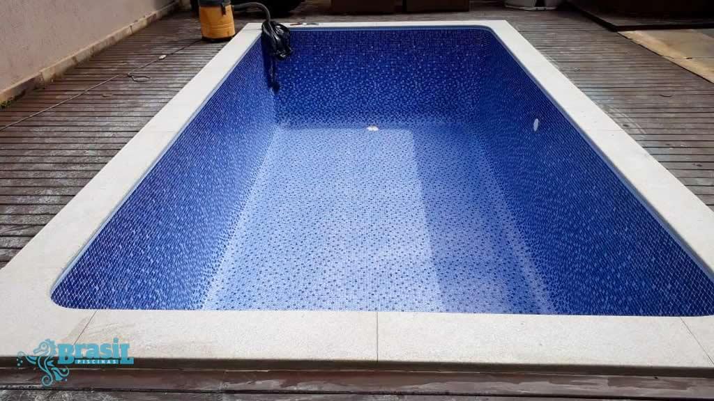 Reforma da piscina da Ester