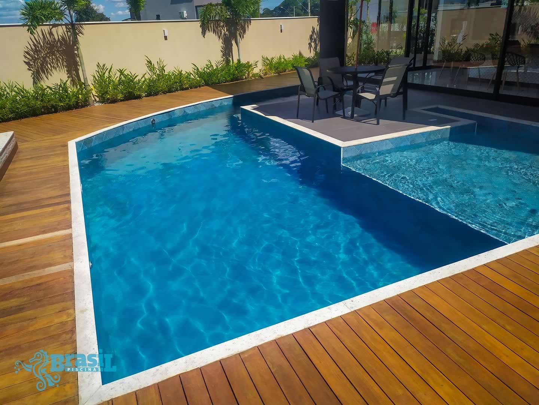 Orientação técnica e instalação dos equipamentos na piscina de alvenaria do Diego – Portal do Sol