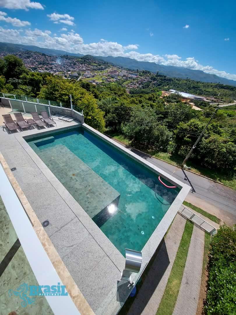 Orientação técnica e instalação dos equipamentos na piscina de alvenaria da Rosângela – Nova Lima