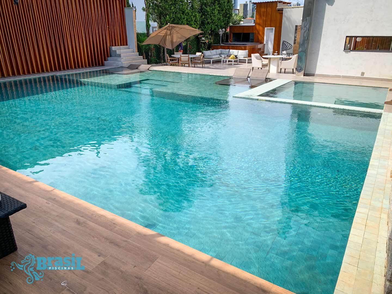 Orientação técnica e instalação dos equipamentos na piscina de alvenaria do Helton - Belvedere
