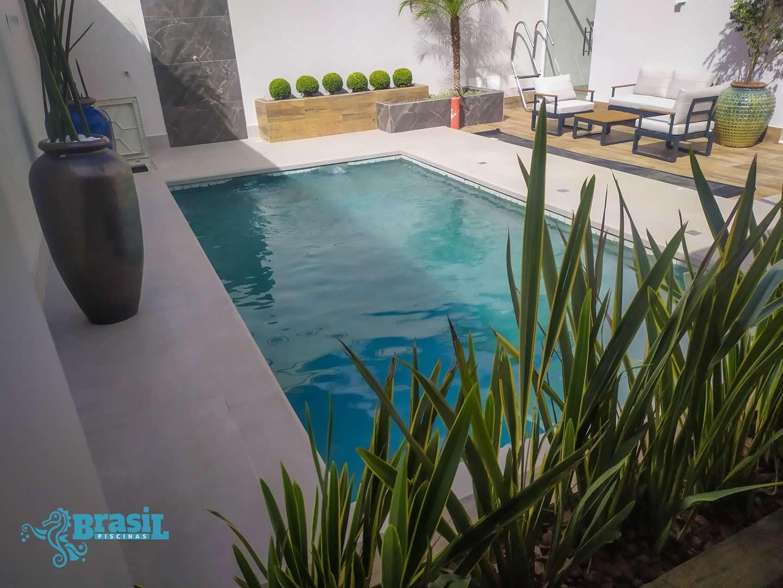 Orientação técnica e instalação dos equipamentos na piscina de alvenaria do Marcelo - Belvedere
