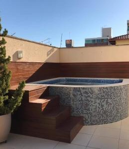 Construção do spa da Camila - Castelo