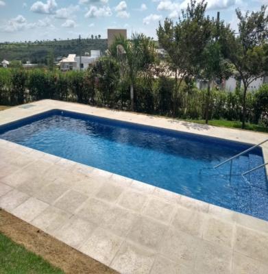 Construção da piscina da Rose – Condomínio Gran Royalle